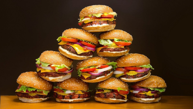 искусственный бургер фото