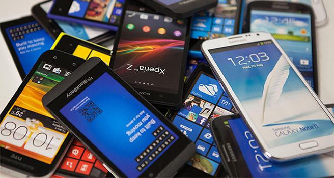 худший год для смартфонов